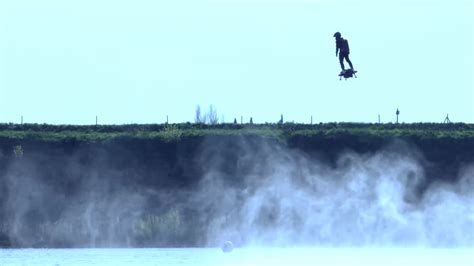 Flyboard Air: Franky Zapata develops his own jet-powered