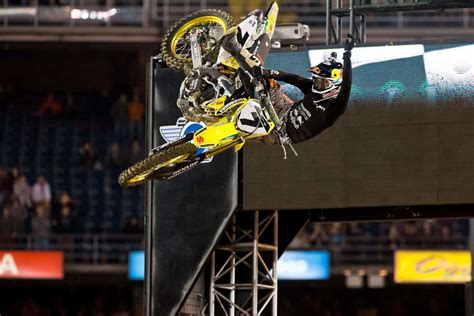 The Weekly Feed: James Stewart- The master of air time