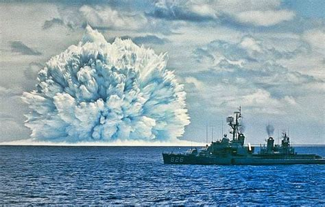25 Awesome Nuclear Explosion Images | Planet Deadly