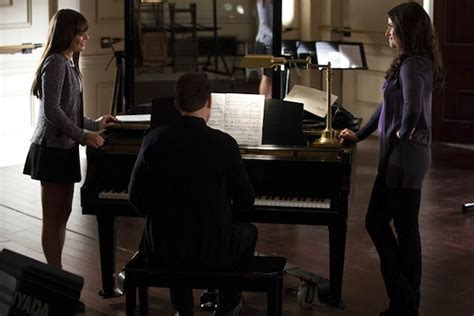 'Glee' Recap: Rachel Berry + The New Directions Live Out