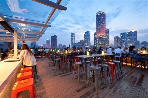 The 10 Best Rooftop Bars in Shanghai