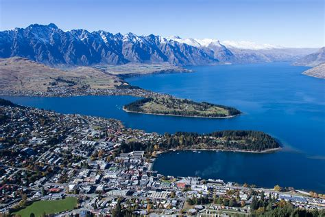 Article: Hiking in Queenstown New Zealand | YesNomads