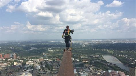 Ironworkers disciplined after posing on beam 69 floors