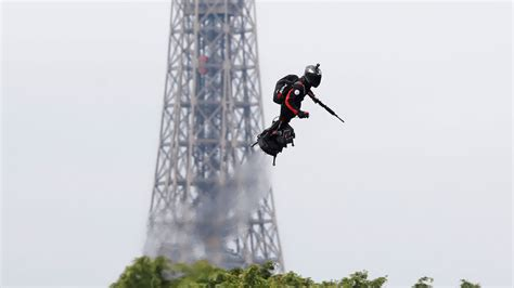'The Green Goblin!': Onlookers delighted as armed flyboard