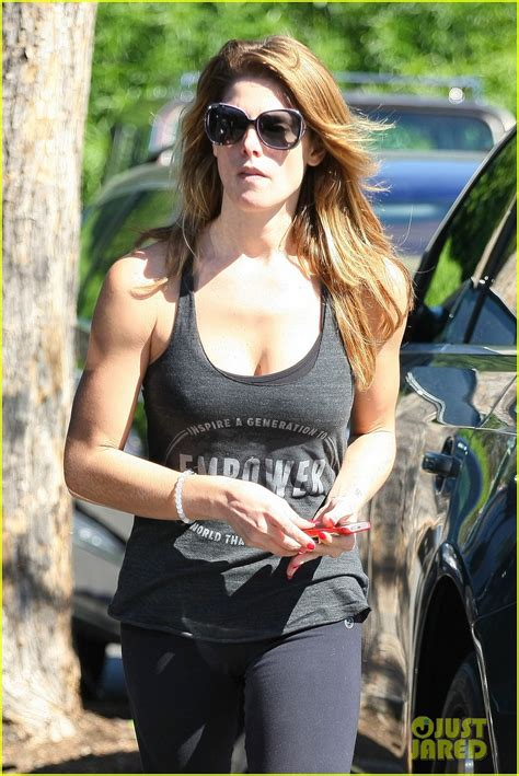 Ashley Greene is Getting Really Toned at the Gym!: Photo
